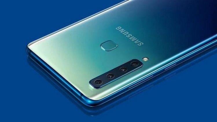 Самсунг Galaxy S10 будет первым вмире телефоном с12 гигабайтами «оперативки»