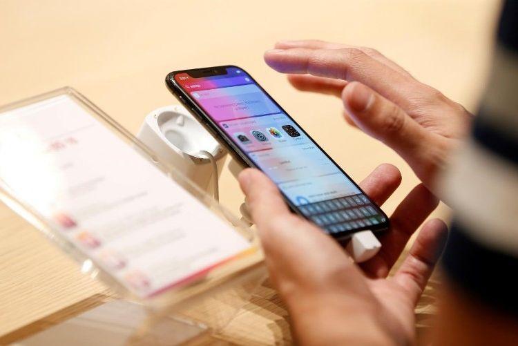 Apple начала бесплатно обменивать старые iPhone наулучшенные модели