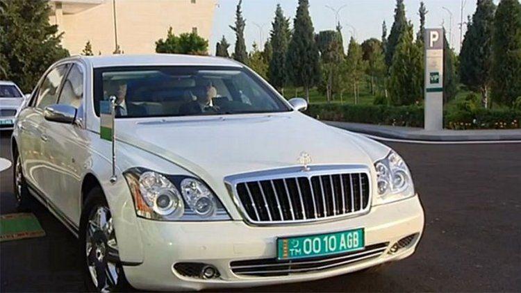 Руководитель Туркменистана выставил наторги 25 бронированных Mercedes-Maybach